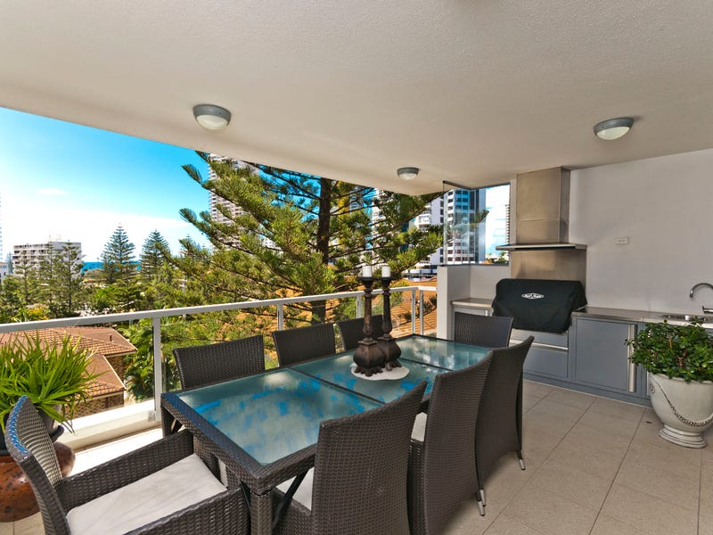 15/120 Surf Parade, Broadbeach