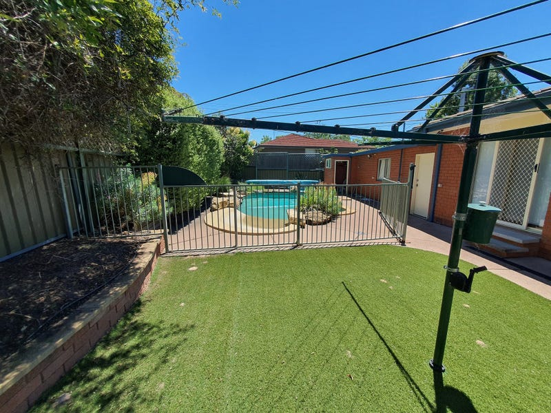 1 McNeil Place, Pearce, ACT 2607