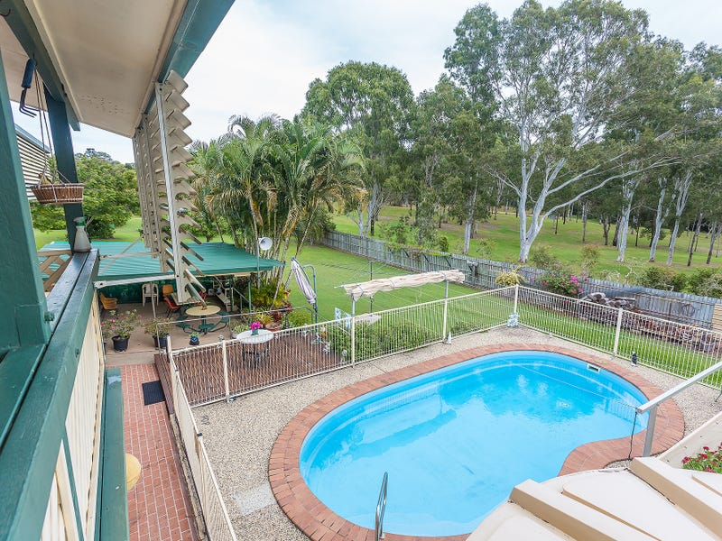 8 Sorensen Road, Southside, Qld 4570