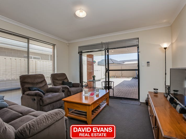 34 Cheltenham Loop, Bertram