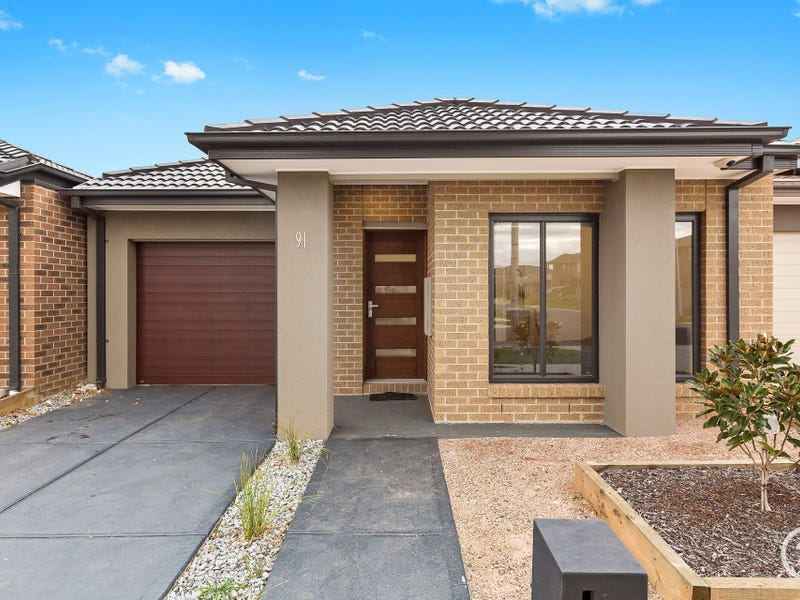 91 Sunnybank Drive, Point Cook