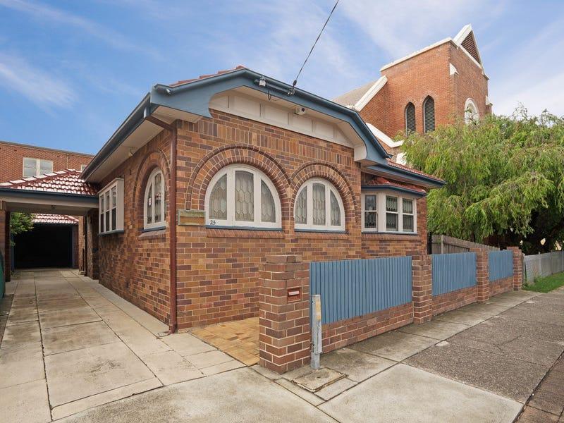 25 William Street, Hamilton, NSW 2303