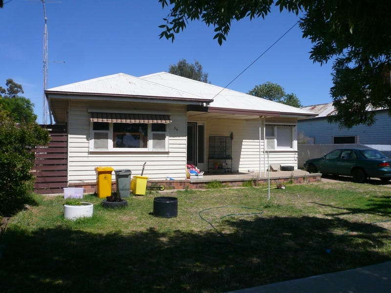 36 Campbell Street, Warracknabeal, Vic 3393