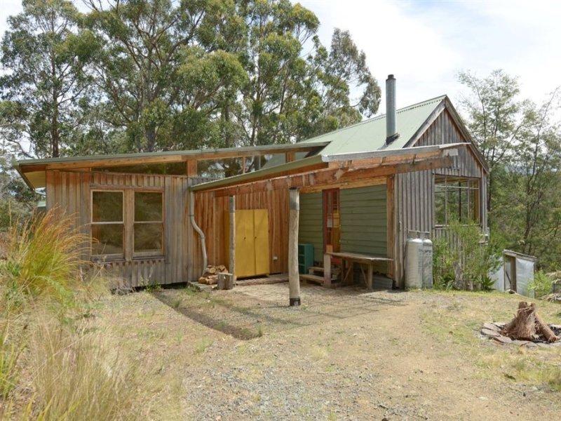 104 Brittains Road, Garden Island Creek, Tas 7112