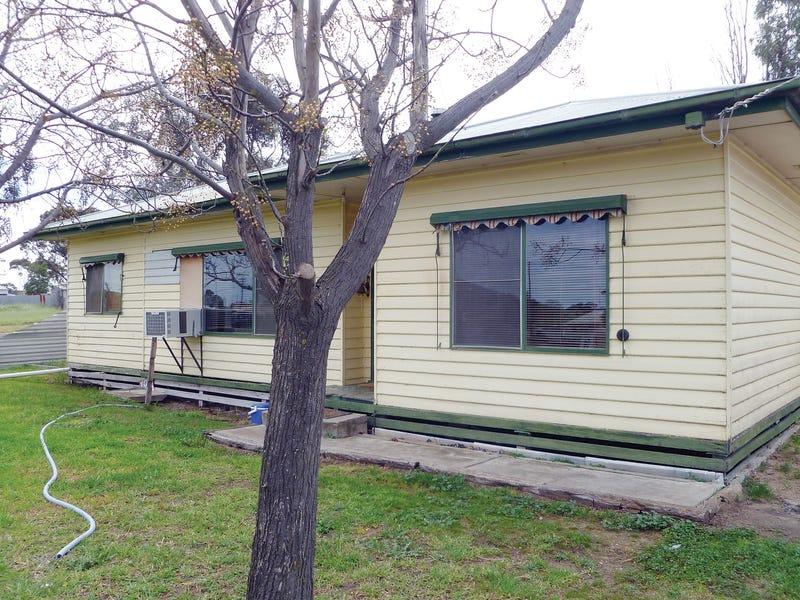 106 Upper Regions Street, Dimboola, Vic 3414
