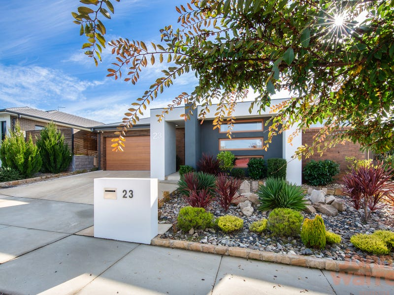 23 Janine Haines Terrace, Coombs, ACT 2611