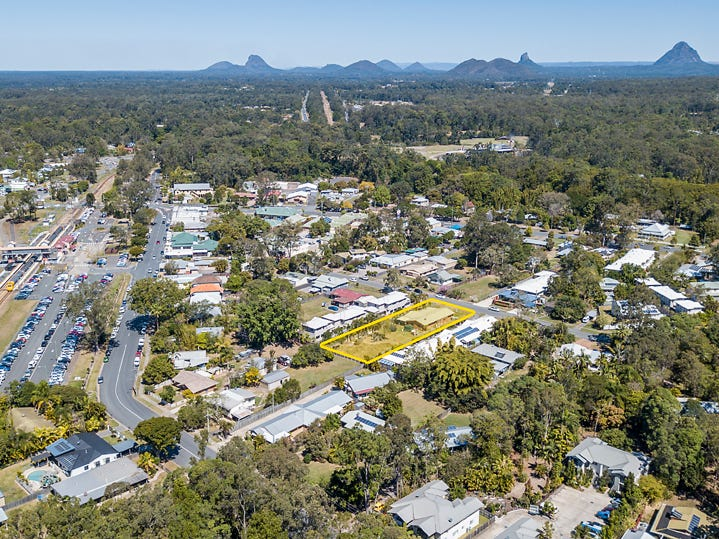 11 Mill Street, Landsborough, Qld 4550