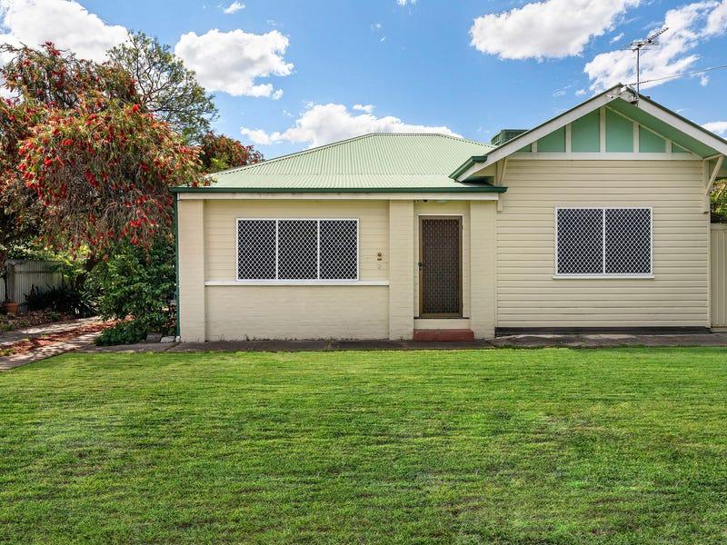 18 Thomas Mitchell Drive, Wodonga, Vic 3690