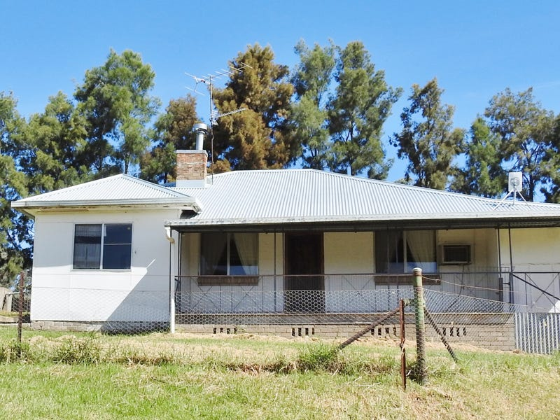 182 Telegraph Road, Young, NSW 2594