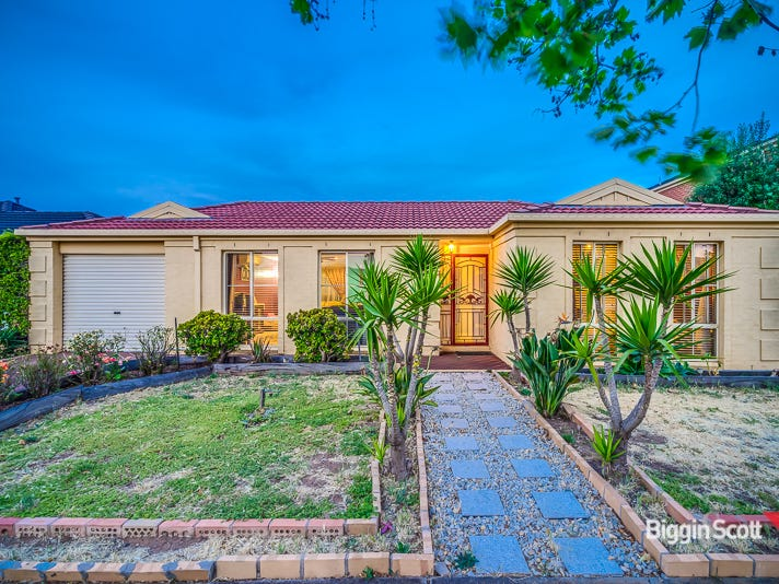 21 Lancaster Drive, Point Cook, Vic 3030