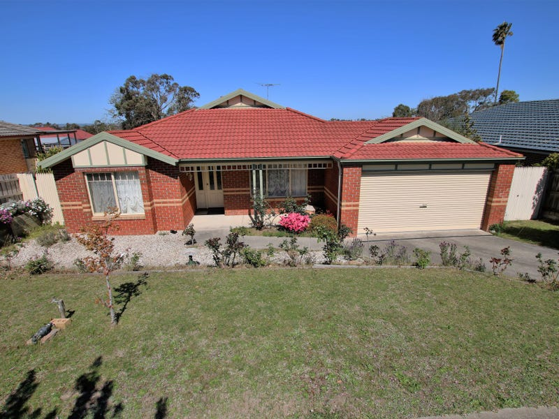 6 Clear View Court, Garfield, Vic 3814