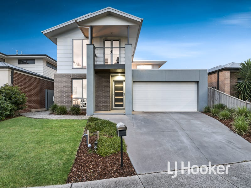 9 Maeve Circuit, Clyde North, Vic 3978
