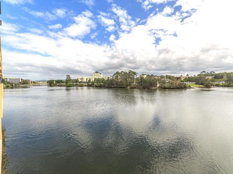 129 & 131/25 Lake Orr Drive, Robina