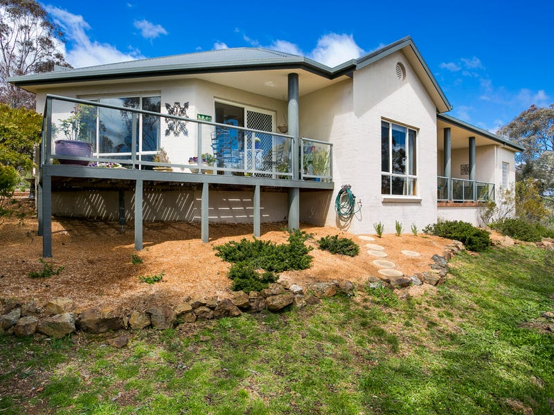 23 Taylor Pl, Greenleigh, NSW 2620