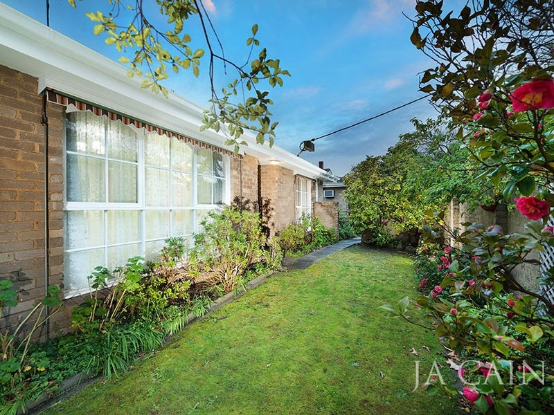 1/5 Queens Parade, Glen Iris, Vic 3146