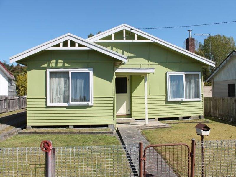 6 Hurst Street, Queenstown, Tas 7467