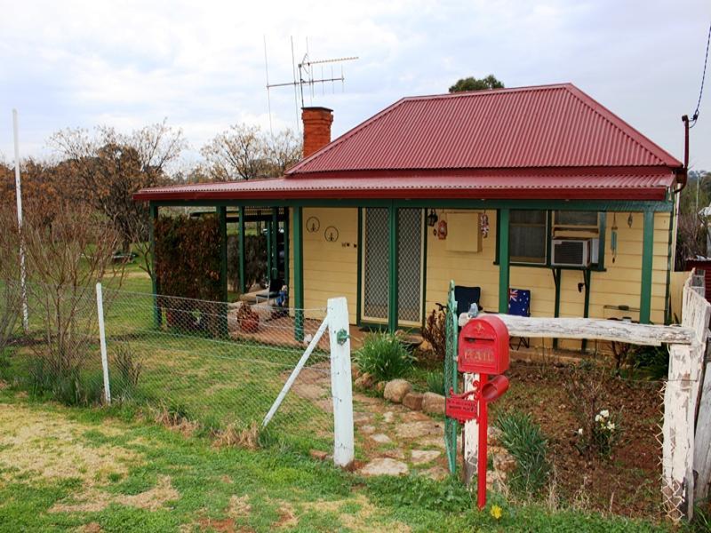 83 Mitchell Street, Geurie, NSW 2818