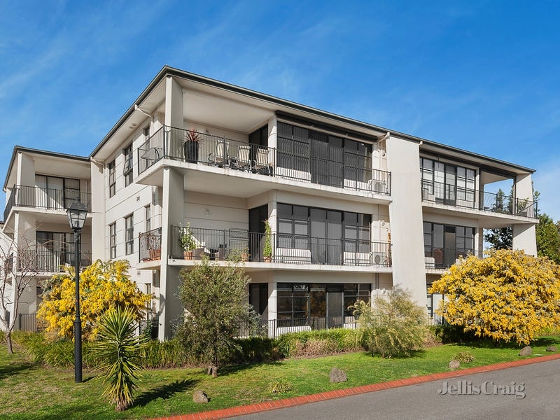 14/1 Conservatory Drive, Burwood, Vic 3125