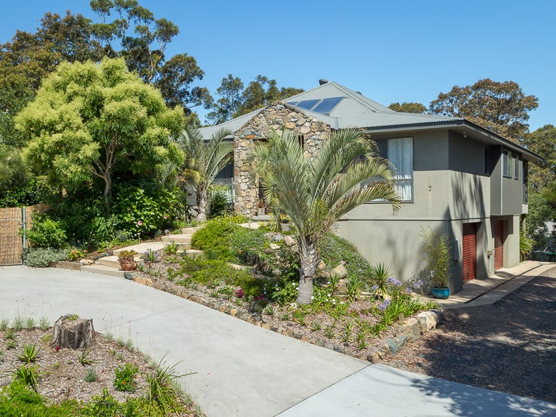 7 Tinarra Close, Lilli Pilli, NSW 2536