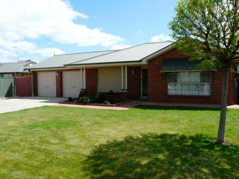 8 Hobson Close, Eglinton, NSW 2795