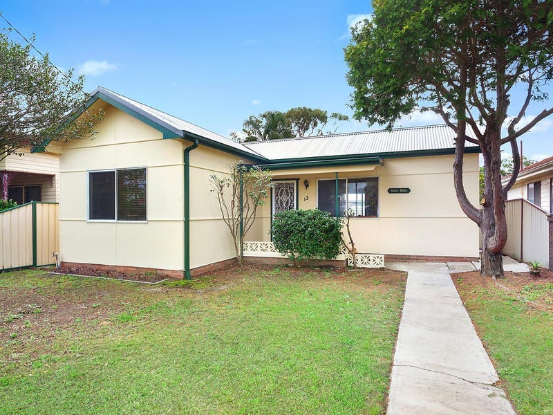 13 Lone Pine Avenue, Umina Beach, NSW 2257