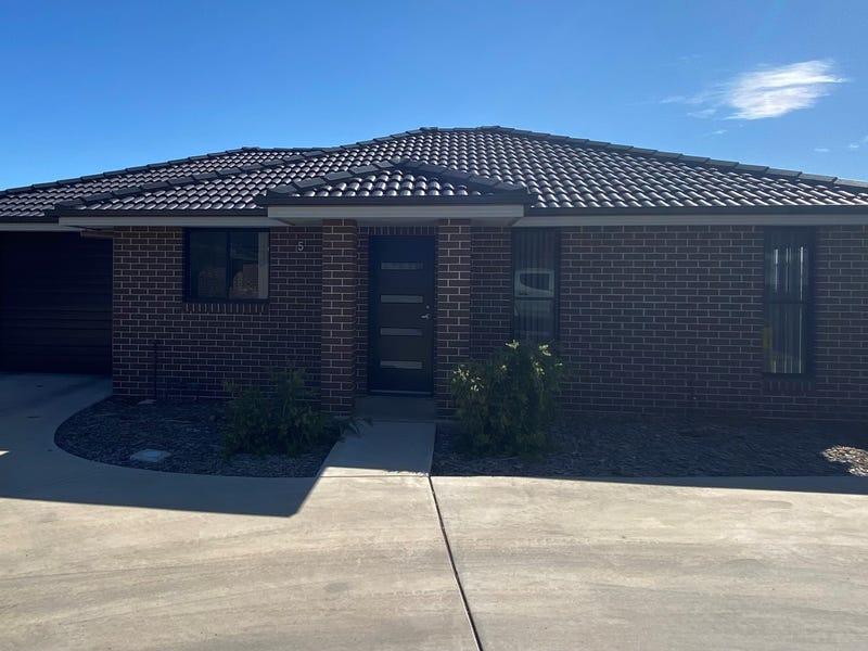 5/7 Curlew Crescent, Tamworth, NSW 2340