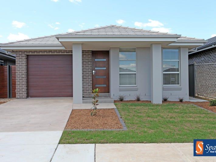 42 Plymouth Boulevard, Spring Farm, NSW 2570