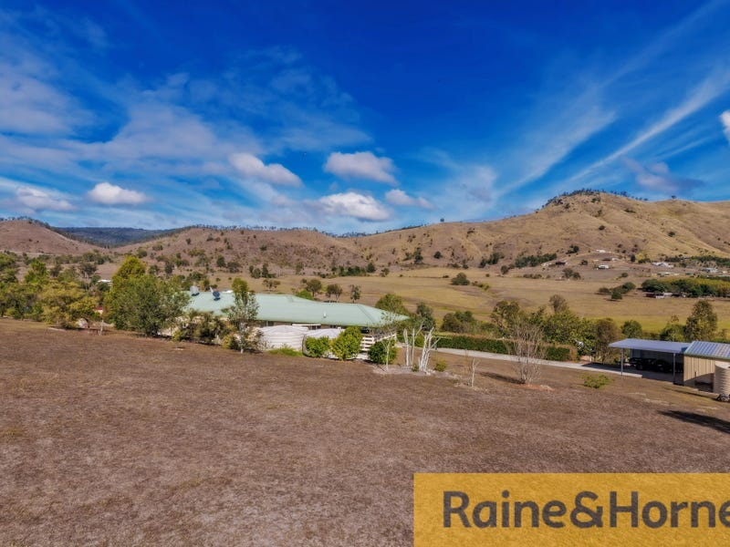 16 WALKER COURT, Hazeldean