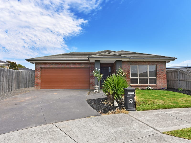 26 OVENS CIRCUIT, Whittlesea, Vic 3757