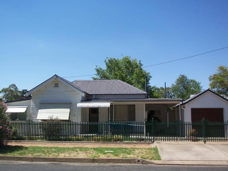 71 Adams Street, Cootamundra, NSW 2590