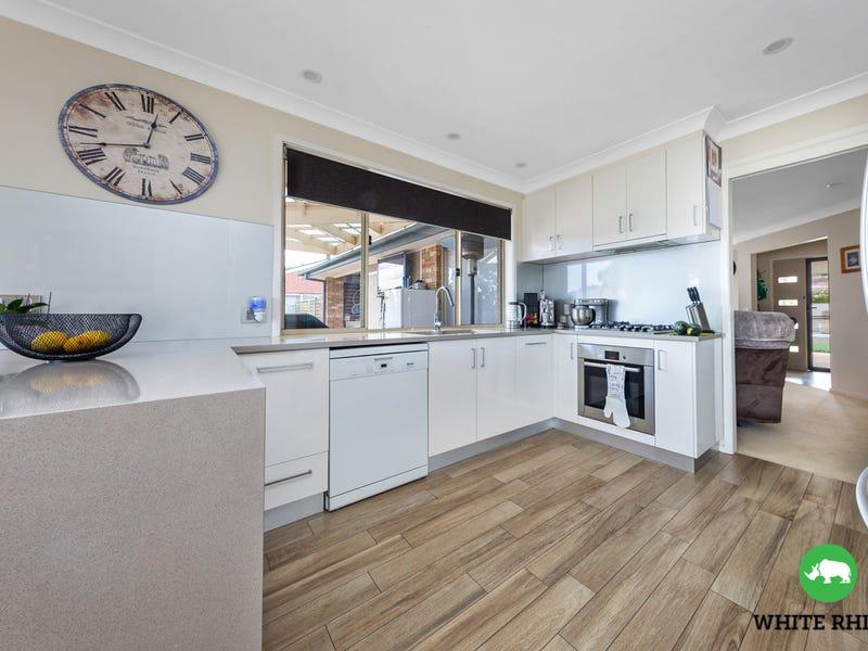 4 Kennedy Avenue, Jerrabomberra, NSW 2619