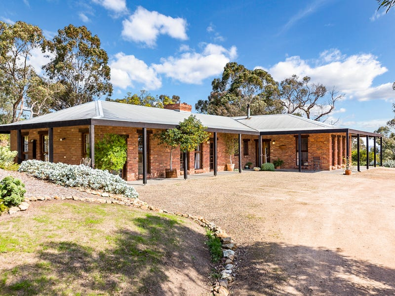 26 Thomas Road, Arthurs Creek, Vic 3099