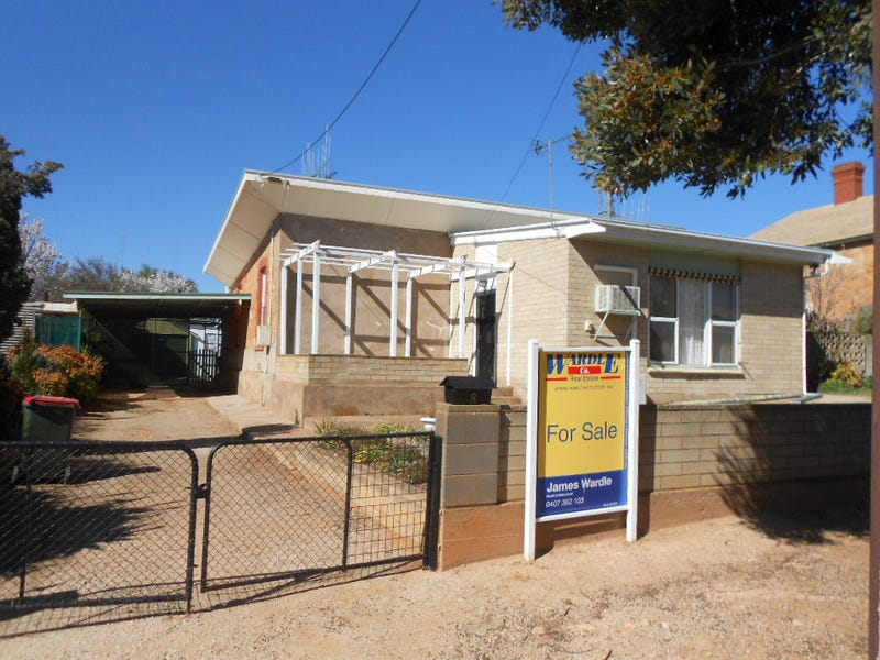 8 Pine Street, Peterborough, SA 5422