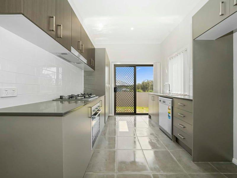 2/13 Innes Street, North Rothbury, NSW 2335