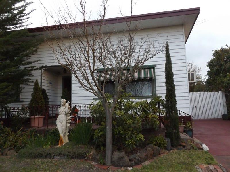 17 Mark St, Rosebud, Vic 3939