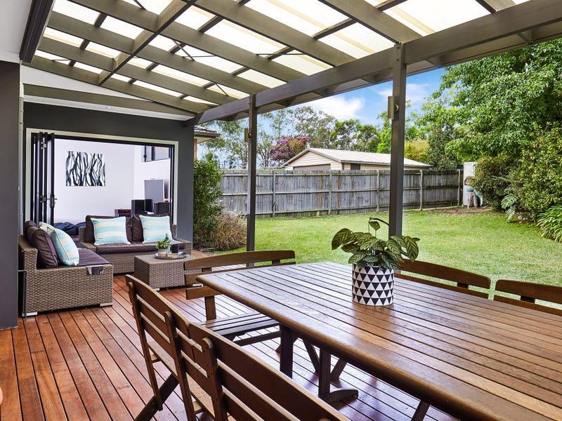 2A Montview Parade, Hornsby Heights, NSW 2077