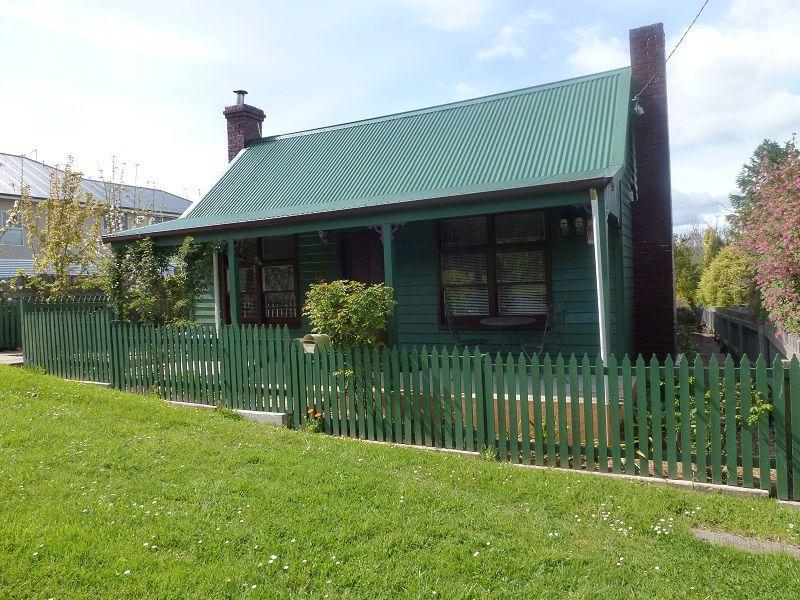 12 Beefeater Street, Deloraine, Tas 7304
