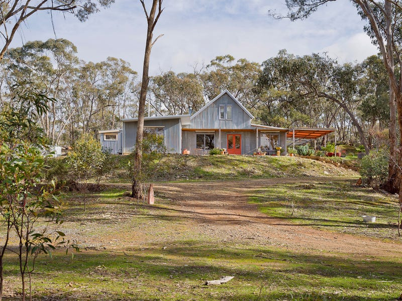 55 Rabbages Road, Yapeen, Vic 3451