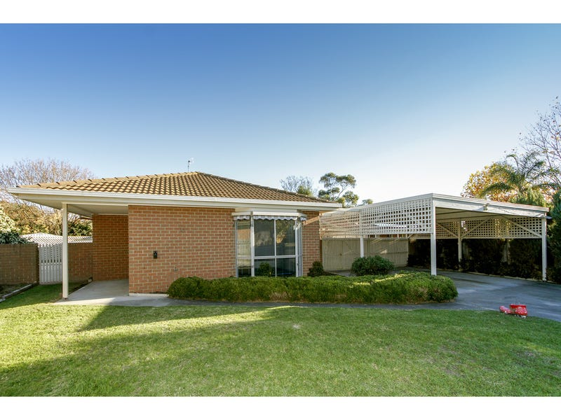 15 Yvette Close, Sale, Vic 3850