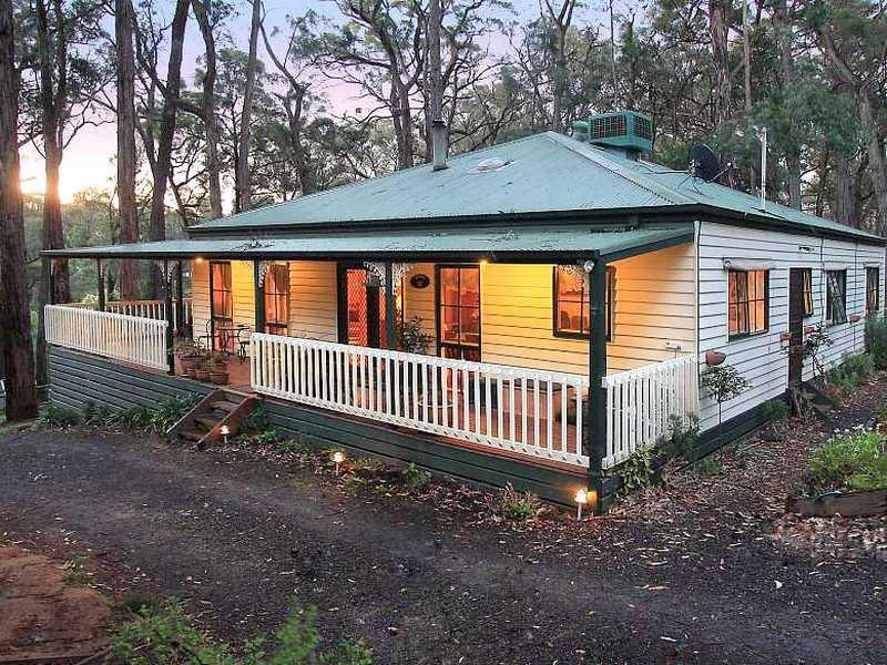 13 Vista Drive, Emerald, Vic 3782