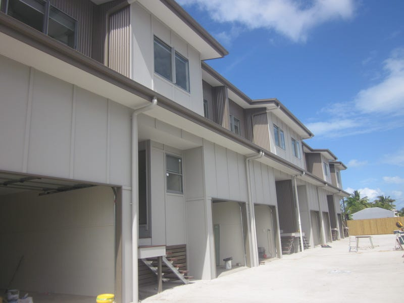13 Symons Street, South Mackay, Qld 4740