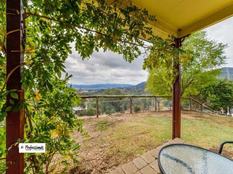 76 Woodside Chase, Kootingal, NSW 2352