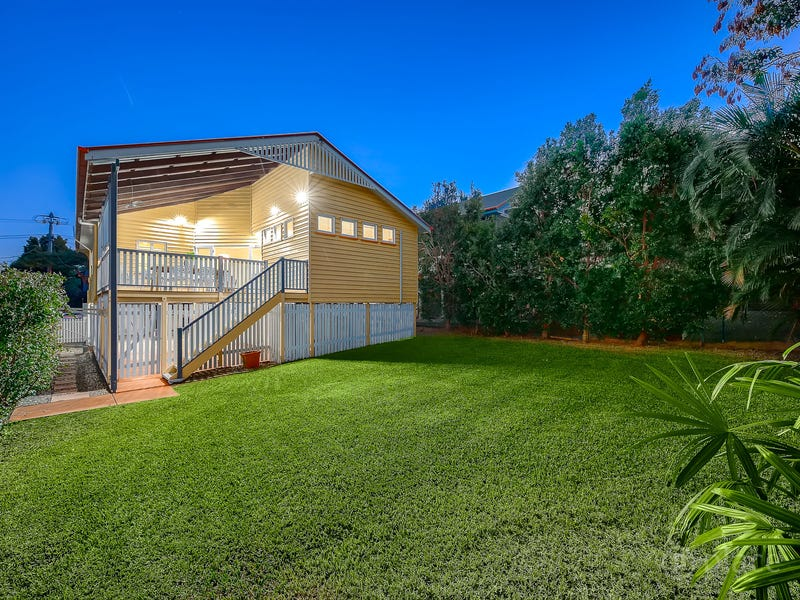 97 Broughton Road, Kedron, Qld 4031