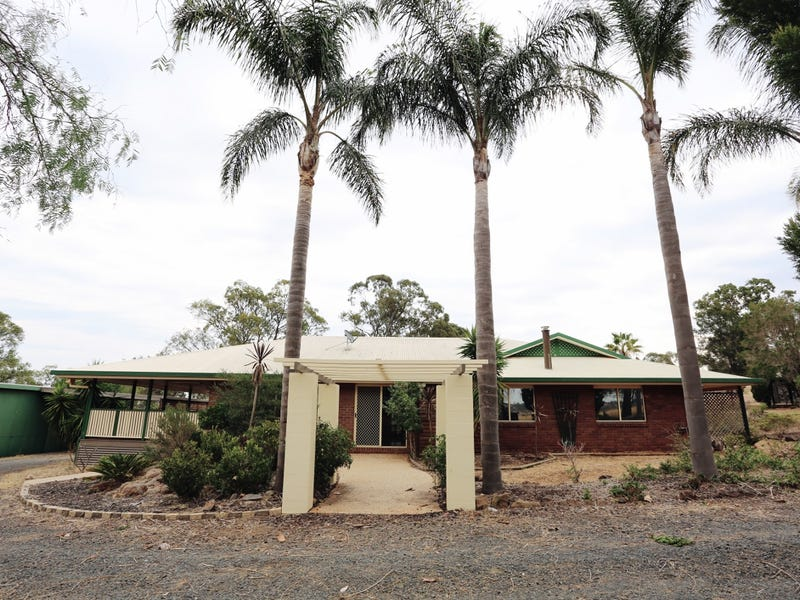 110 Savage Road, Cambooya
