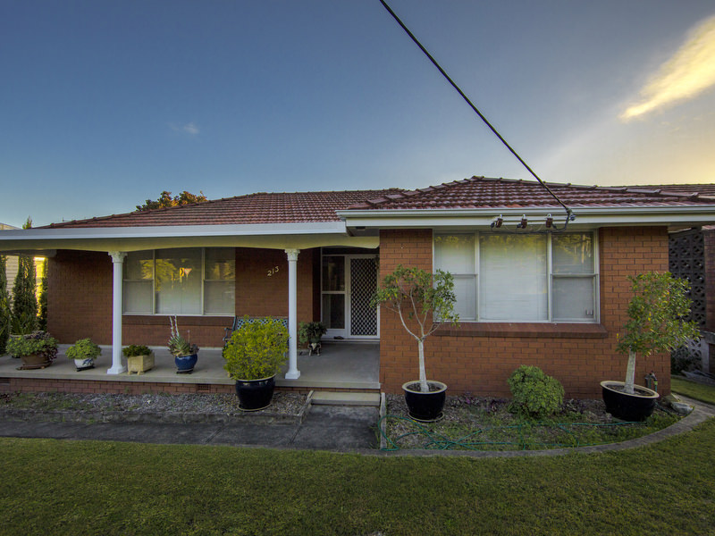 213 Reservoir Road, Cardiff Heights, NSW 2285