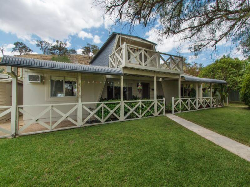 19 Alfred Street, Oura, NSW 2650