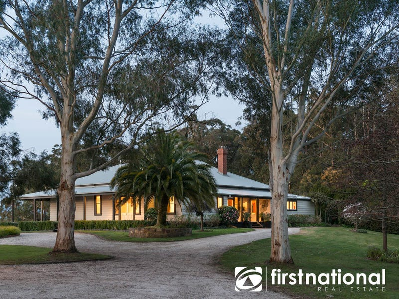 40 Rainy Hill Road, Cockatoo, Vic 3781