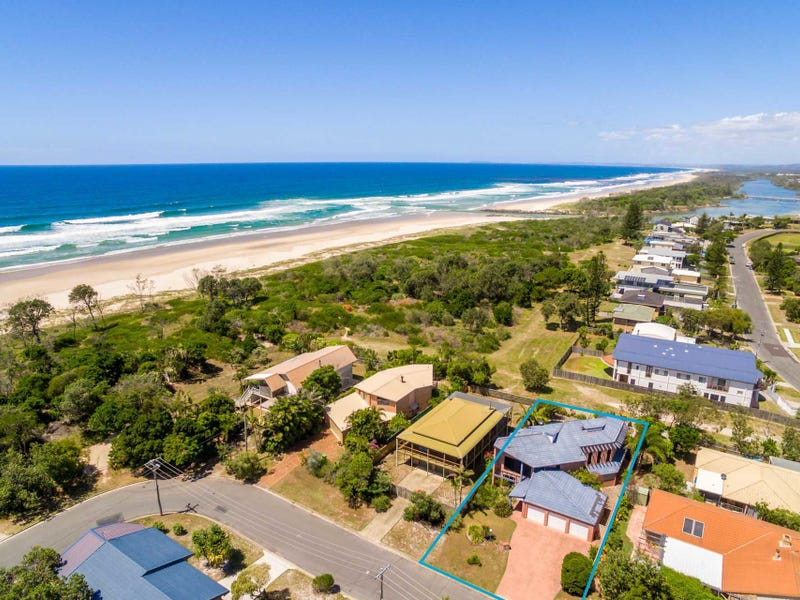 3 Surfside Crescent, Pottsville, NSW 2489