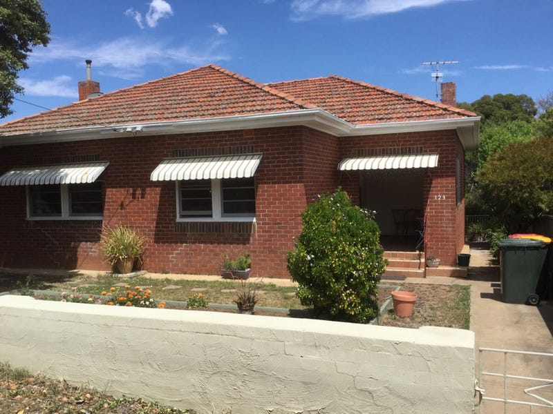 123 Upper Street, Tamworth, NSW 2340
