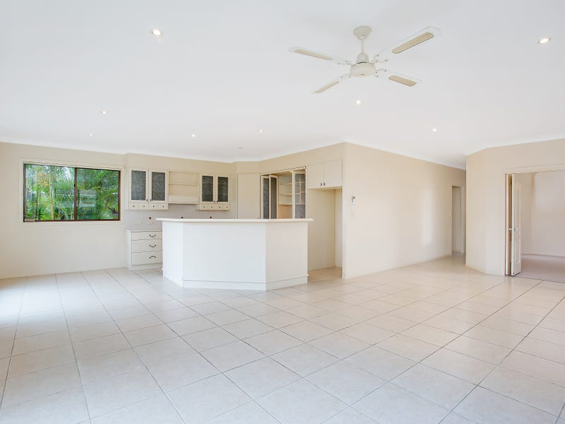 20 Mountain Ash Circuit, Robina, Qld 4226